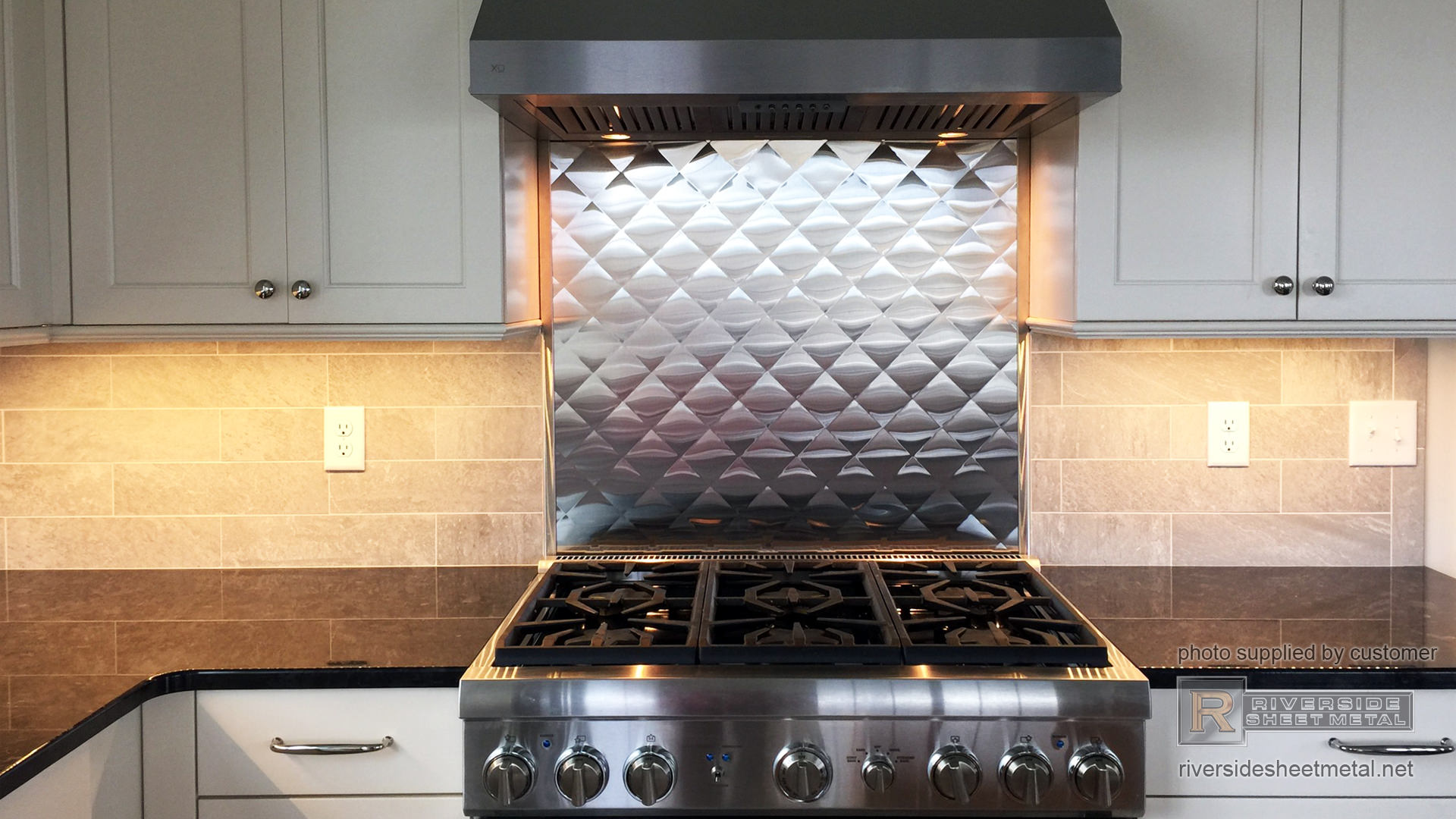 - Kitchen Backsplash For Counter Tops. Copper, Stainless And Zinc