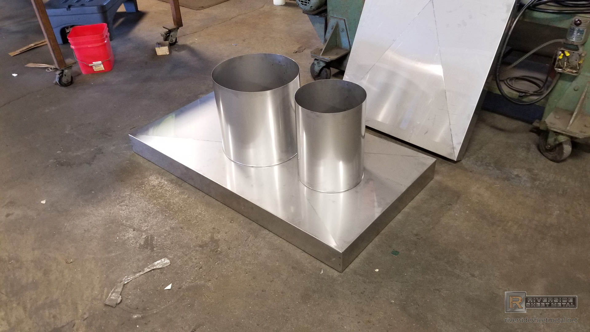 Chimney Chase Cover With Flue Vent Hole And X Bend Ch005