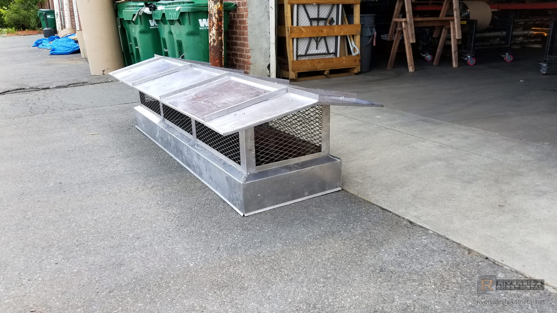 Modern Chimney Cap With Standing Seam Roof Ch026