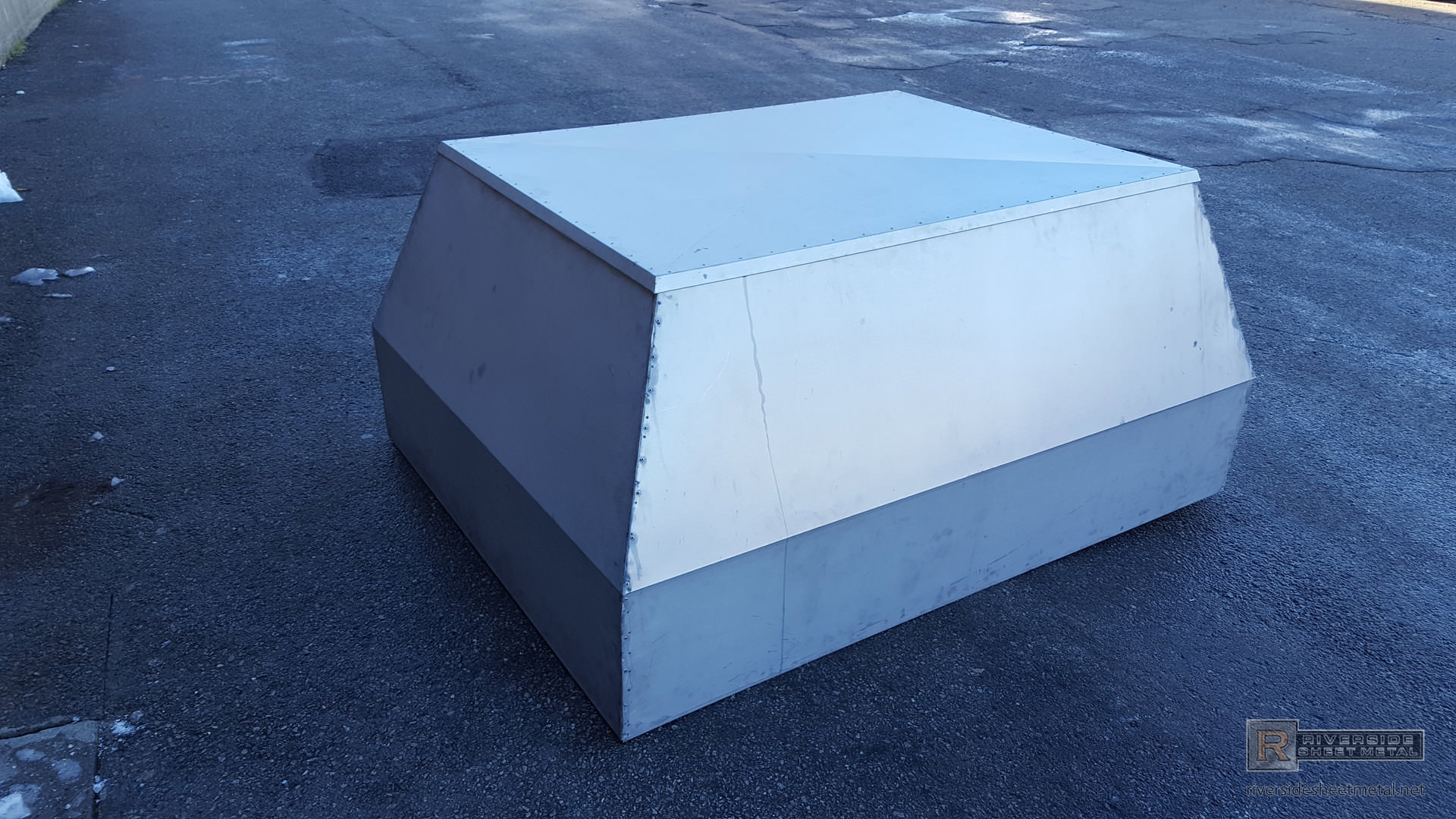 Non Venting Box Style Chimney Cap For Inactive Chimney