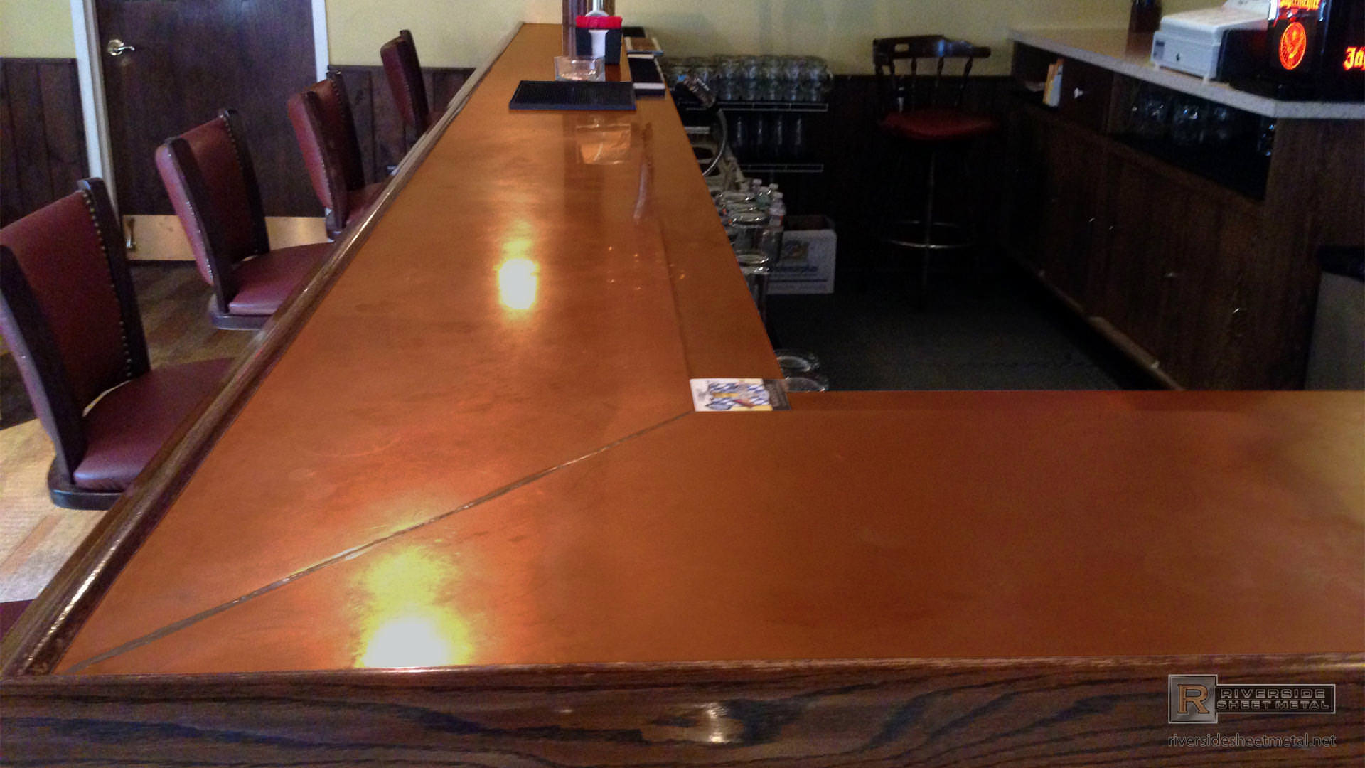 Copper Bar Top With Drink Tray View 2
