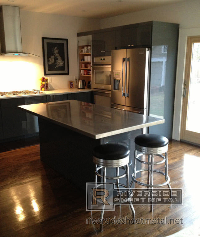 Stainless kitchen island home design and decor reviews for Stainless steel bathroom countertops