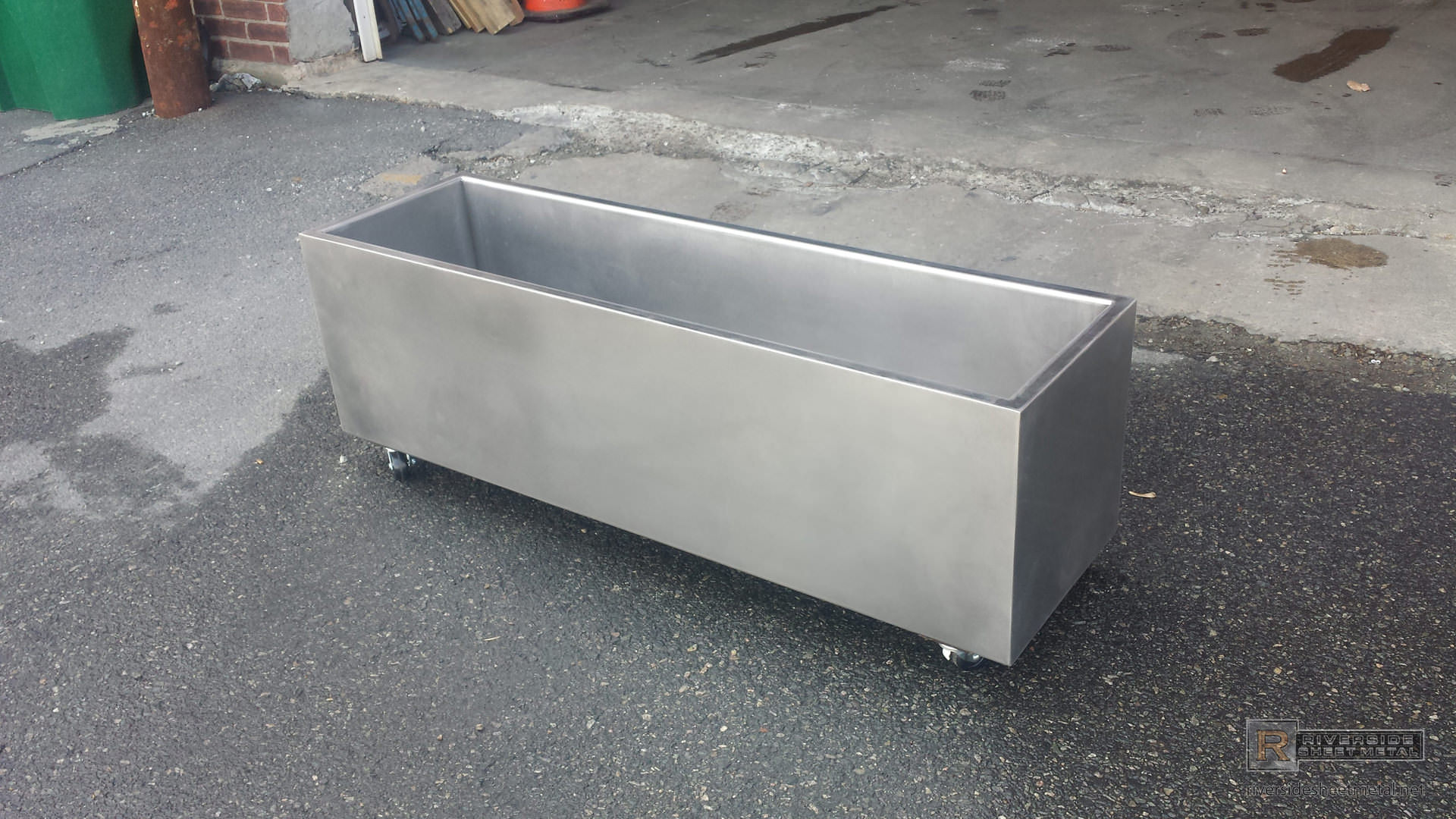 Custom Stainless Steel Metal Cooler On Wheels Riverside