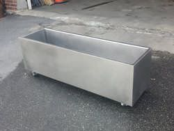 Custom stainless steel cooler on wheels