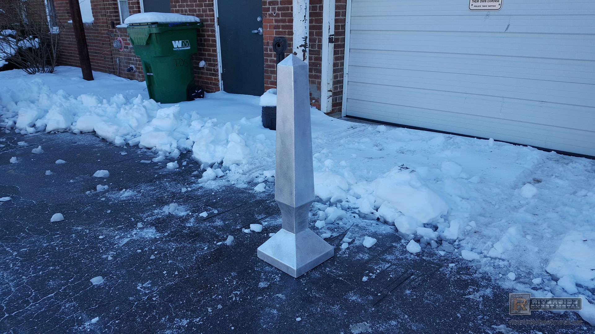 Obelisk Finial With Curved Custom Base Fi008