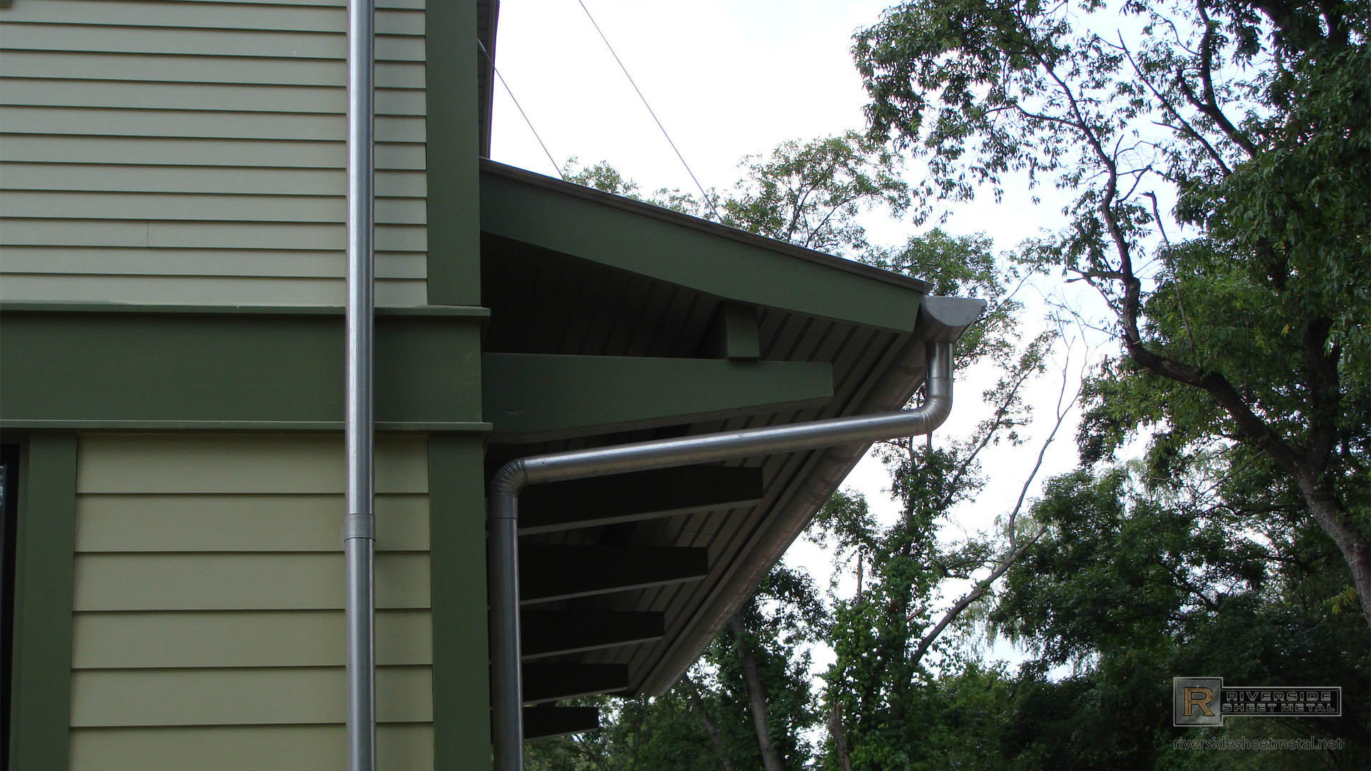 Tcsii Half Round Single Bead Gutter Installation