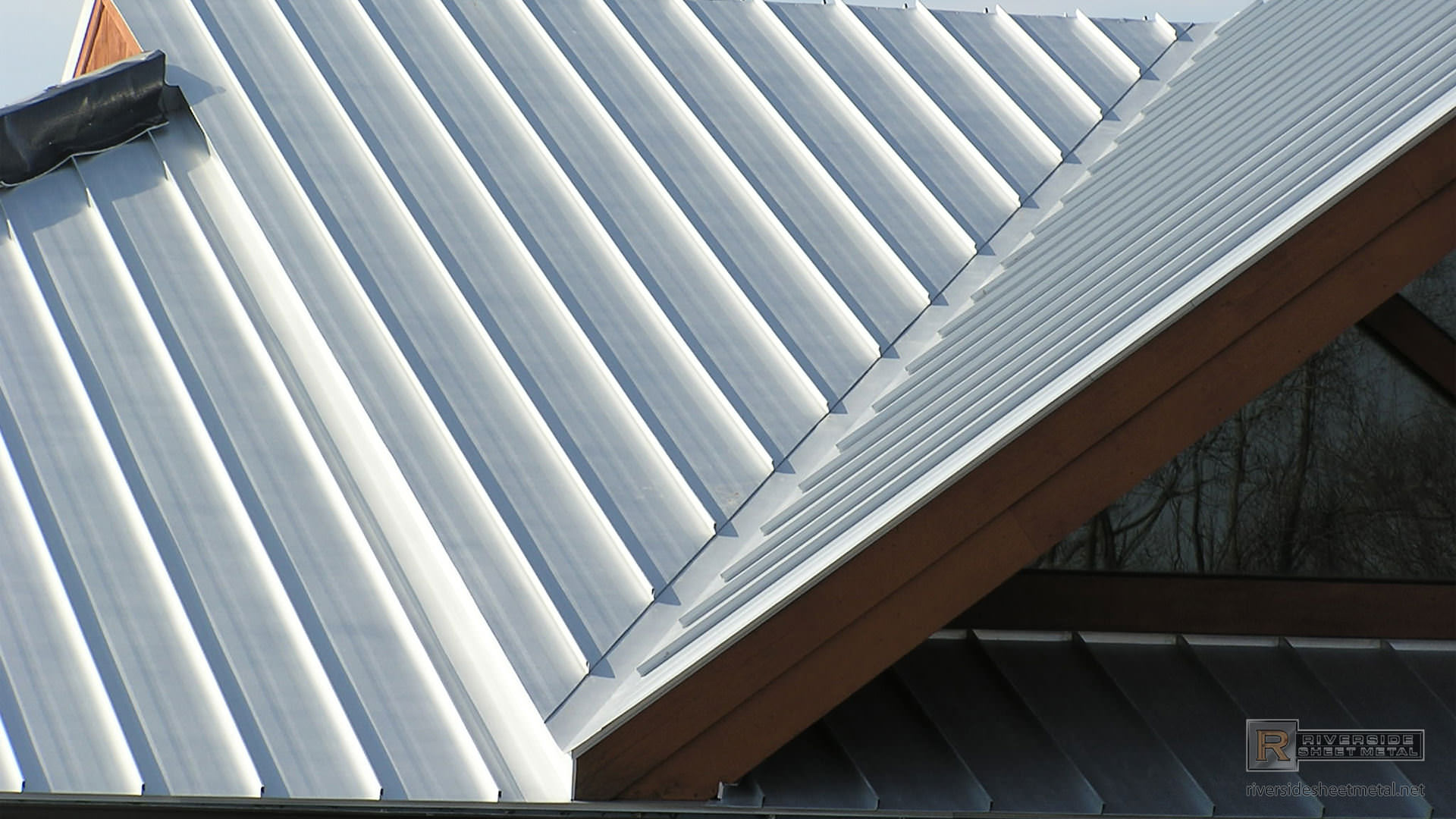 Galvalume Metal Roof With Standing Seam Panels