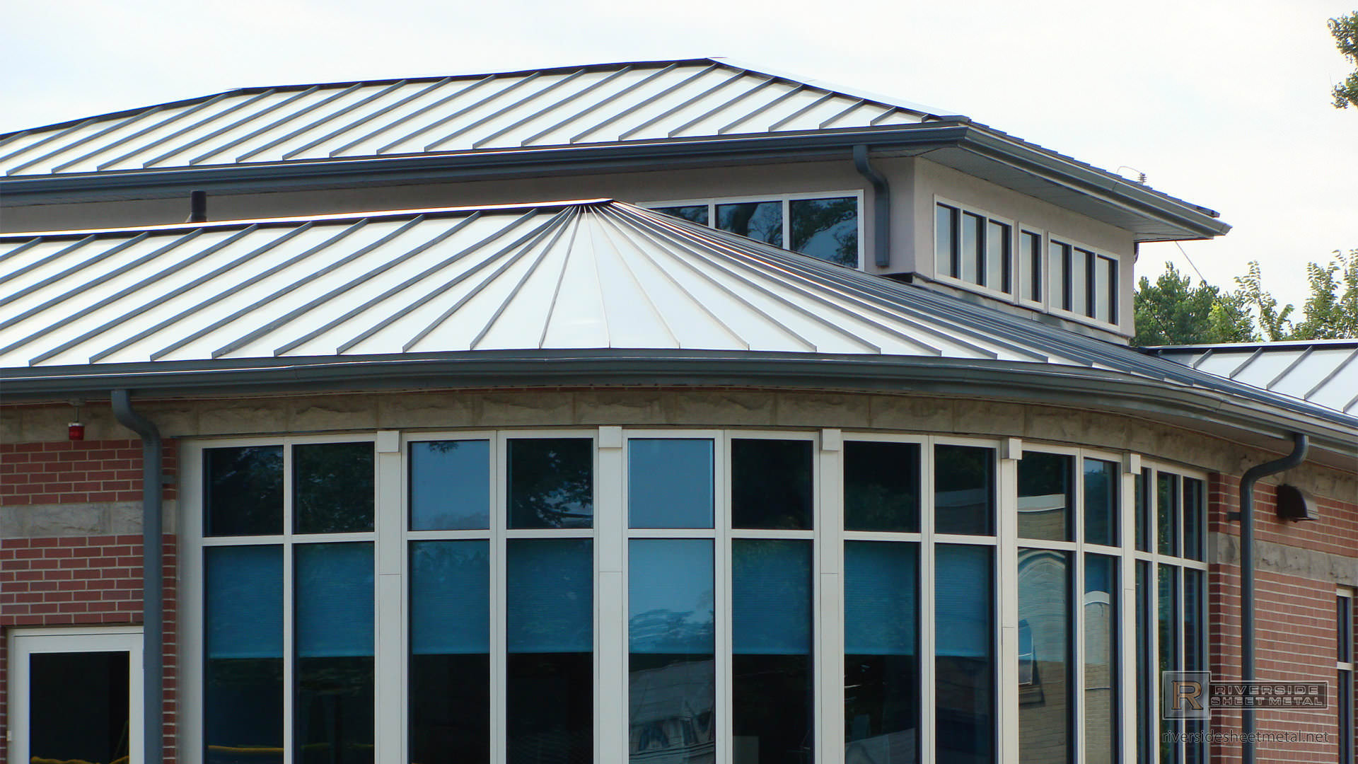 Triangular And Straight Zinc Panels Metal Roofing