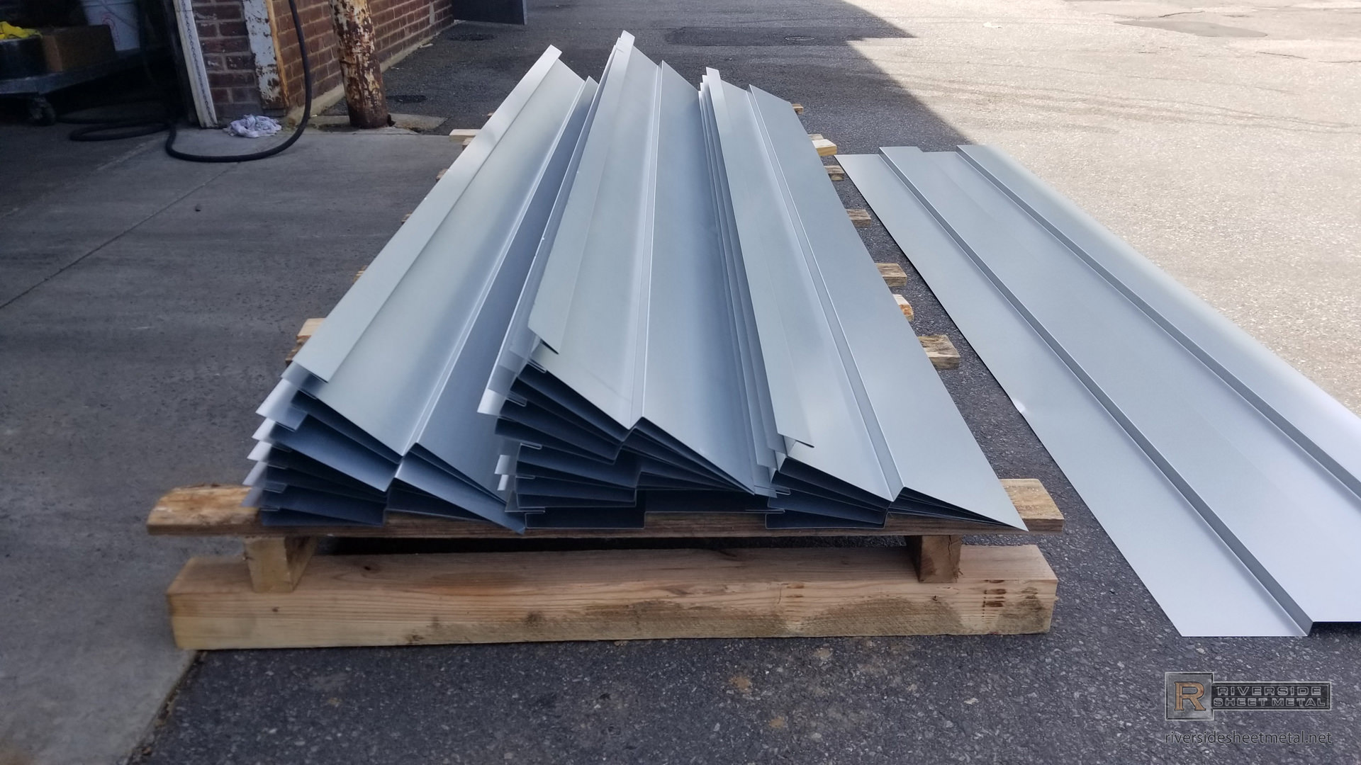 how to cut galvanized steel corrugated roof panel
